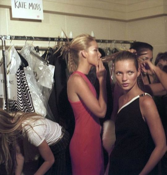 Kate Moss backstage Versace A/W 1996-97 #KateMoss