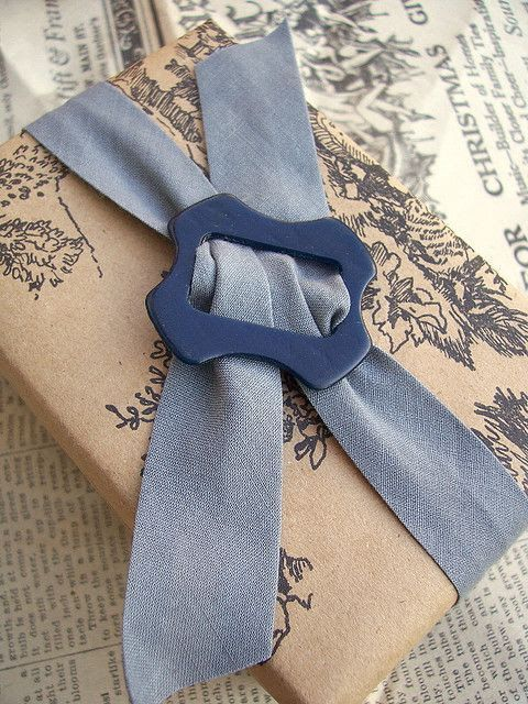Looking for a creative way to wrap your next vintage gift? Stick with your theme and opt for vintage wrapping. This can come in the form of pretty retro scarves, soft re-purposed fabrics in gorgeous prints, or yellowed book pages. … Continue reading →