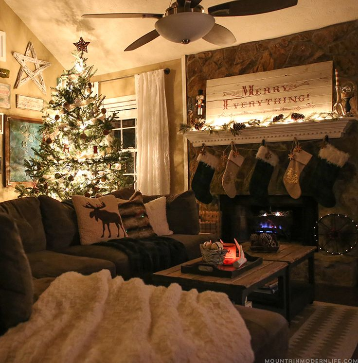 2148 Best Christmas Rooms Images On Pinterest