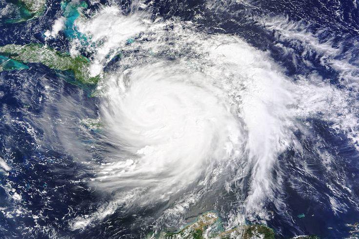 Newsela | What is a hurricane?