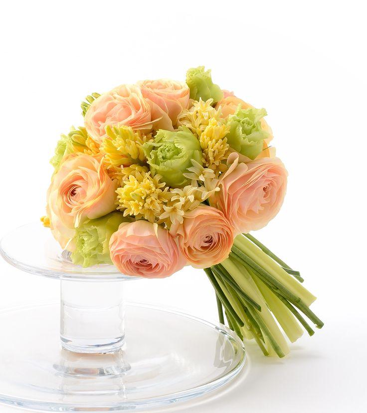 # Vress et Rose # Wedding # yellow # orange # yellow orange # bouquet #clutch bouquet # natural# Flower # Bridal # ブレスエットロゼ #ウエディング# イエロー # オレンジ #イエローオレンジ #スモーキーピンク # ブーケ #クラッチブーケ # ナチュラル# 花 # ブライダル#結婚式