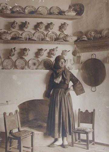 1927 CRETAN HOUSE WOMAN CRETE B/w photograph (on Ebay)