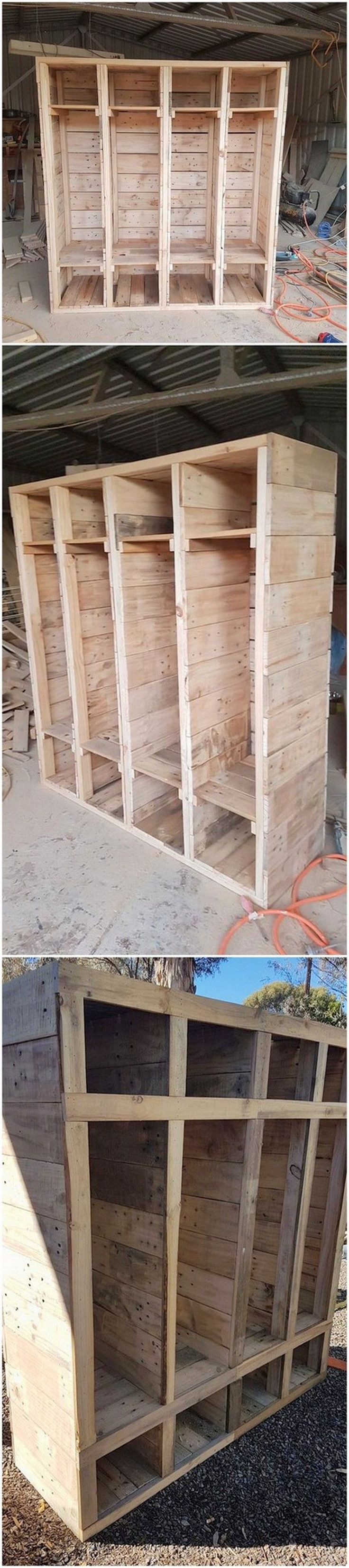In almost all the houses you will probably encounter the wood pallet shelving cabinet structure. Do you wish to have the same in your house as well? To get a certain idea about it, here we will introduce an awe-inspiring design of wood pallet shelving unit. Numerous equal divisions of shelves are being highlighted into it.