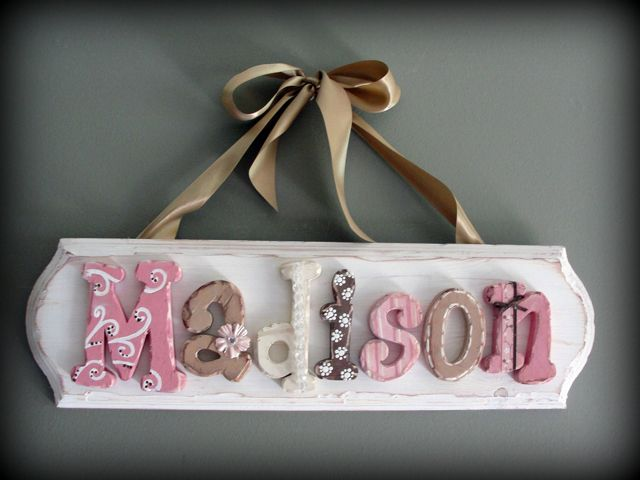 Love these vintage letters! Perfect colors for Mia's room