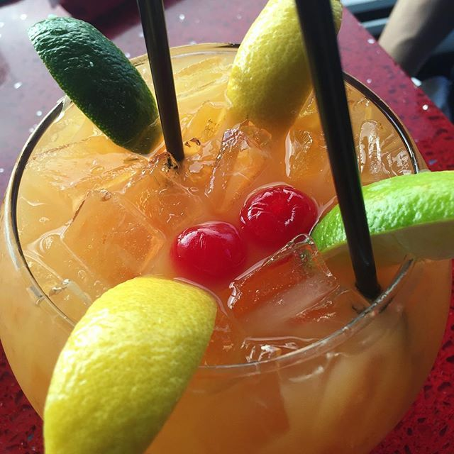 Umami Punch Bowl#RA #chefsabs #chefsabsapproves #drinks #happyhour #asian #asianfood #RAsushi #food #foodblog #foodblogger #blog #blogger #miami #miamiblog #miamiblogger