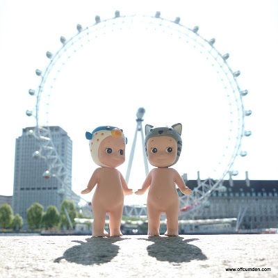 Sonny angel cat and blowfish see the London Eye - my sonny angels went on a trip around London!