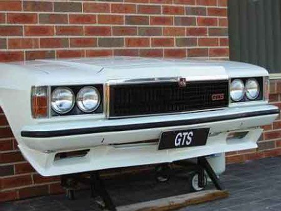 Oudoor barbeque ideas   Custom Barbeque Grill outdoor from classic Holden Monaro GTS burgers ...