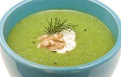 Zuppa veloce agli spinaci e zenzero: la ricetta detox per dimagrire! | Cambio cuoco