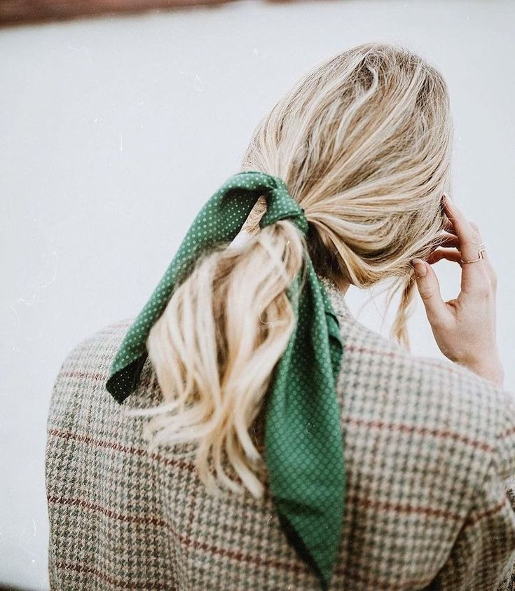 Hair bows are back and we've got 8 inspiring ideas for how to pull off a grown-up version.