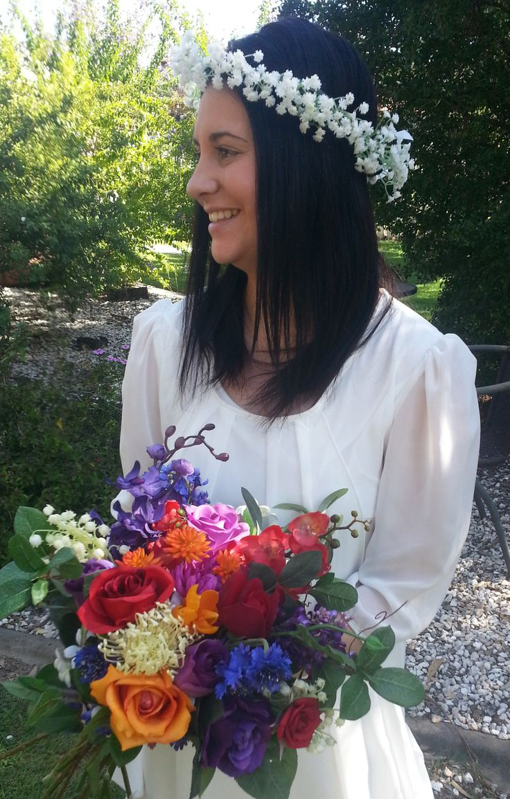 My beautiful sister in law modelling our gorgeous bouquet and flower crown!
