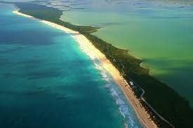 Sian Ka'an. Quintana Roo. Located in México. 19°23′N 87°48′W	. Natural. UNESCO World Heritage Site since 1987.