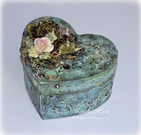 """Mixed Media heart box. Featured in the magazine """"Ett trykk"""", Created by Kirsten Hyde."""