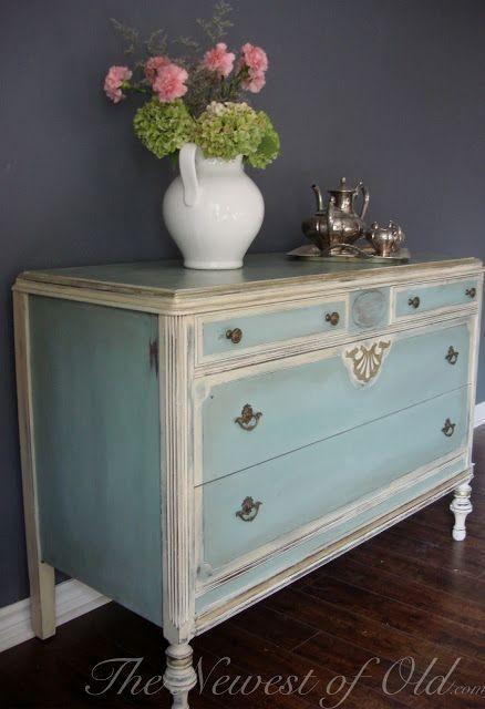 Best 25 refinished nightstand ideas on pinterest - Muebles restaurados vintage ...