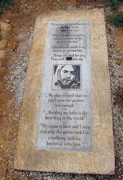 Kurt Cobain Grave | kurt cobain memorial in aberdeen washington controversy erupted in ...