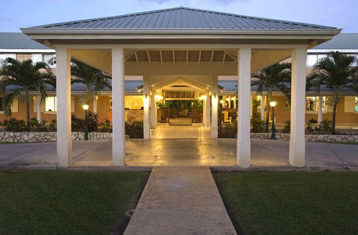 Luxurious entry to The Verandah