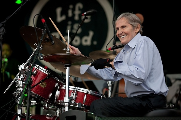 Levon Helm!! Listen here:    http://www.rollingstone.com/music/news/listen-to-levon-helms-finest-moments-from-the-weight-to-atlantic-city-20120417