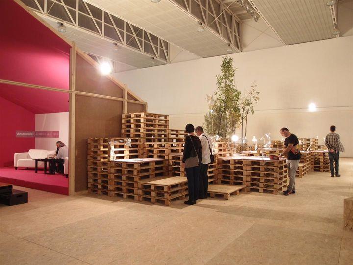 AMADORA BD Exhibit Design By GBNT Brandoa Portugal Pallet Installation Exhibition