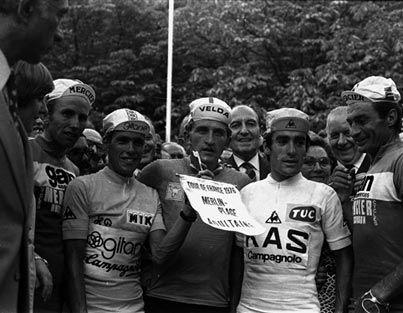 1969 -  Retour aux équipes de marques  La formule des équipes nationales a été une première fois interrompue entre 1962 et 1967. Après deux éditions où les coureurs courent à nouveau pour leur pays, le retour aux équipes de marques est maintenant durable.
