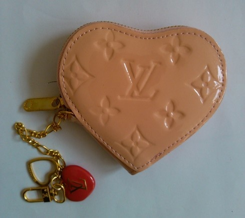 Pink lady love Lv,£ 3.99, can you accept?