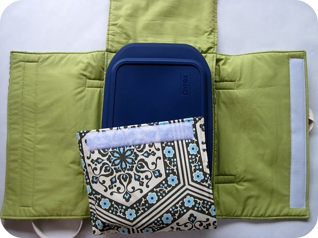 insulated casserole carrier with matching oven mitt/pot holders and etched family name glass casserole dish