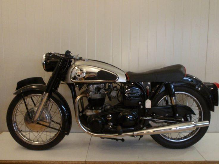 Norton Dominator 99 | MOTO Classics