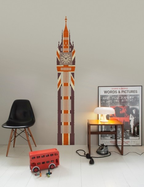 How cute is this Union Jack Big Ben Clock that you can stick to the wall! The clock actually works!