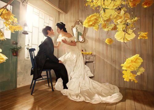 Korean pre-wedding studio photo