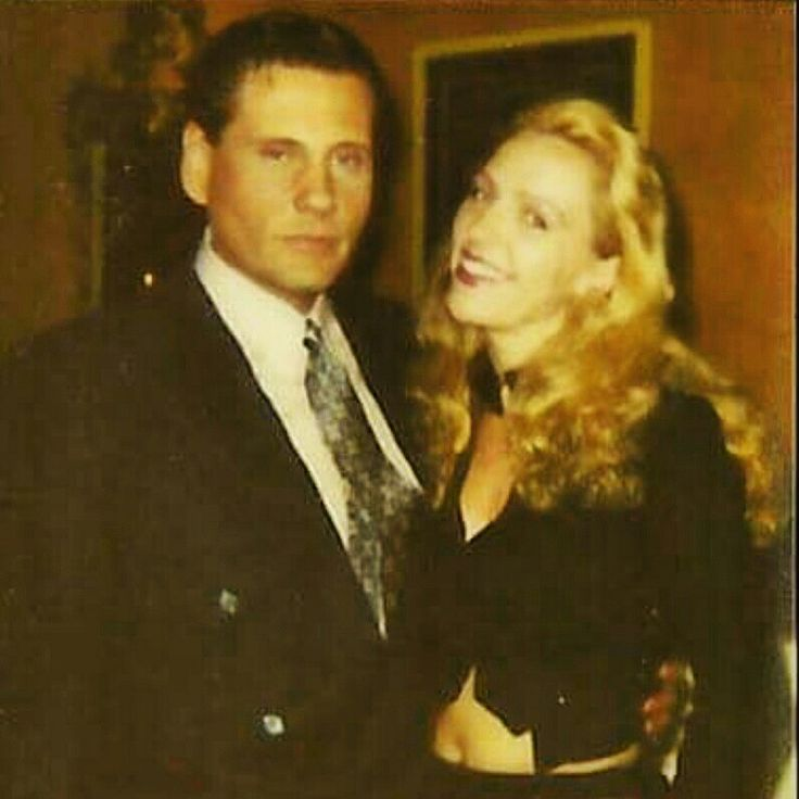 """That time #Actress #JoAnnBush was Hangin' w/#WilliamForsythe!:) Always #Smile when the #OnThisDay App brings up #Fun #Memories like this:)   Looking at this pic of #Actor William Forsythe and I reminds me that """"I used to be a Contender, I used to be Somebody"""", haha:) ☺  Of course, it Also makes me want to sit down on the Couch and eat a big bowl of #Spaghetti and watch """"#GoodFellas"""" or something:) haha:) I dunno...:)   Photo: @joann.bush 2016"""