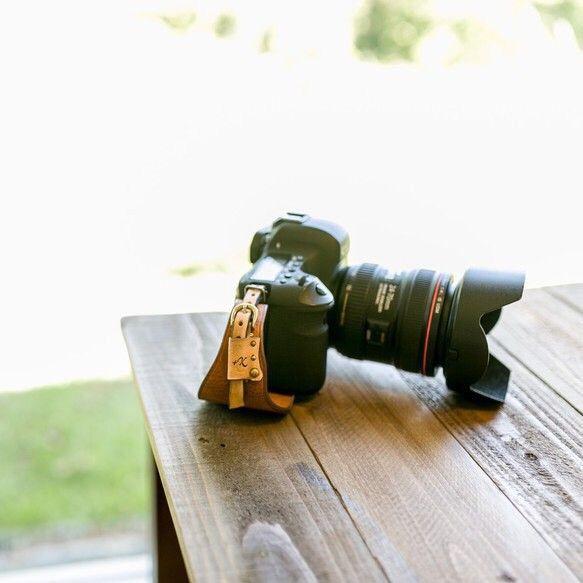 カメラハンドストラップ/デジタル一眼レフカメラ仕様 - ヴィンテージタン カメラケース +K ハンドメイド通販・販売のCreema