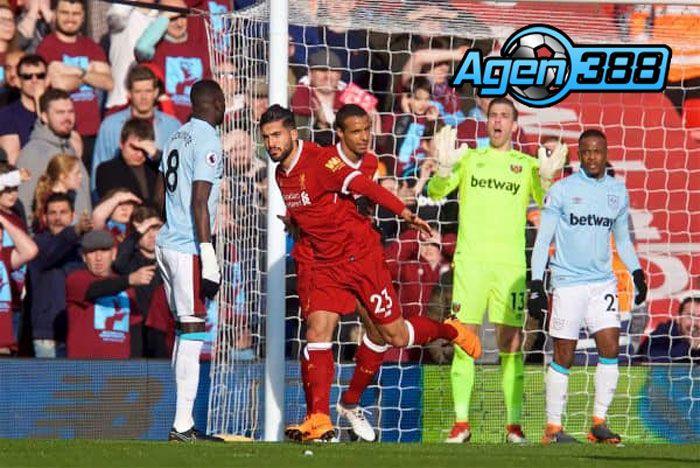 Agen Bola Piala Dunia - Gelandang Liverpool, Emre Can saat laga pertandingan semalam menjamu West Ham berhasil membawa Liverpool unggul lebih dulu di laga Liga Primer Inggris pekan ke-28 di Stadion Anfield, Liverpool.
