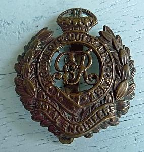 Royal Engineer Cap Badge