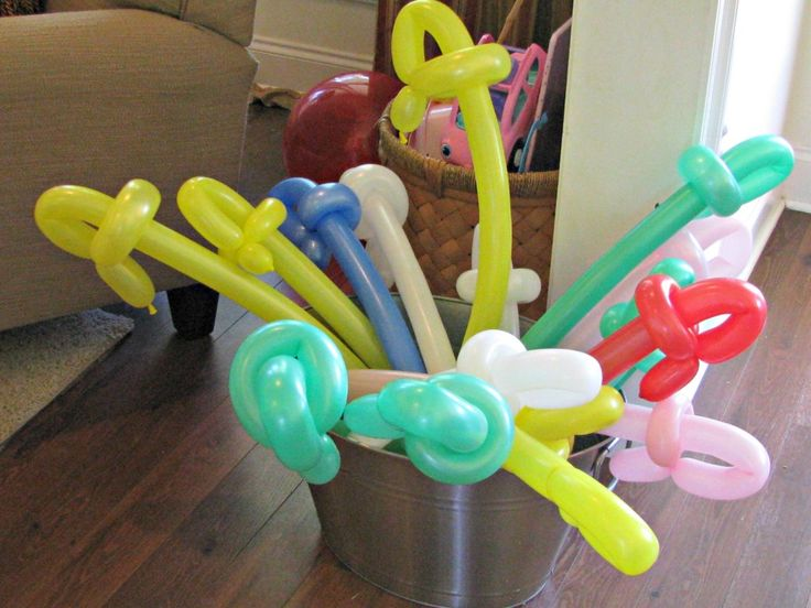 Pirate Swords made out of balloons for a pirate birthday party.@Michele Morales Morales Morales Lenfestey these might be good for his party, not hurting anybody...