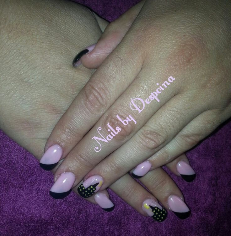 Pink & black nails, nail art buildings