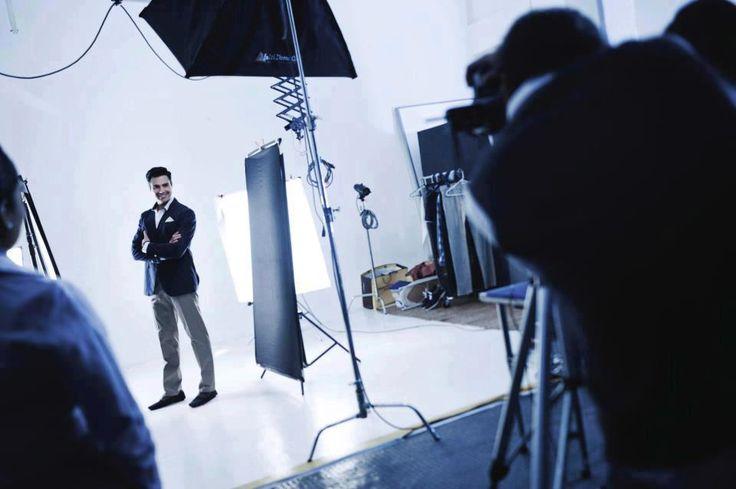 Jaime Camil: Detrás de cámaras del comercial de la promoción destapa, cámara, acción