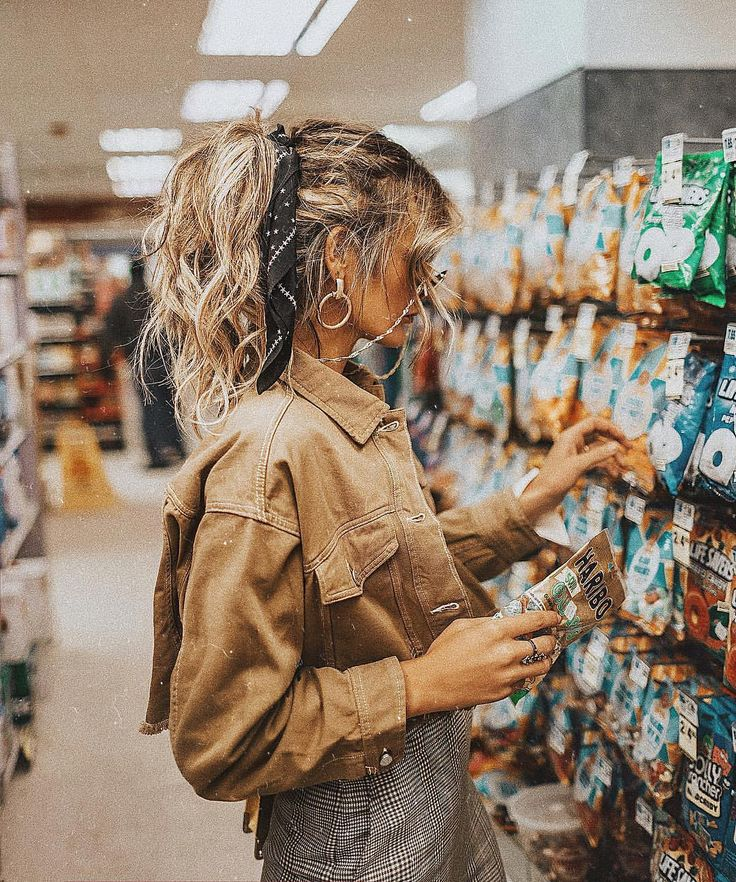 "16.5k Likes, 238 Comments - ⚡️Tezza⚡️ (@tezzamb) on Instagram: ""What the heck is up with ""fun size"" candy? There is nothing fun about less candy. #uoonyou"""