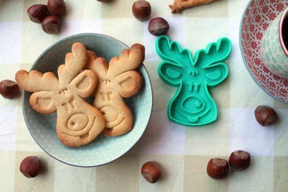 Cortador de galletas navideño con forma de reno de por CookieCad