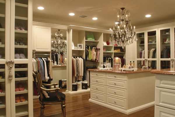 This is an amazing closets