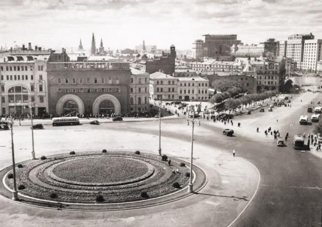 Площадь Дзержинского. 1948. Старая Москва
