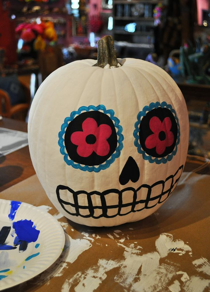 Best 25 sugar skull pumpkin ideas on pinterest skull for Skull pumpkin carving ideas