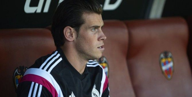 Gareth Bale to miss Liverpool match and Clásico through injury