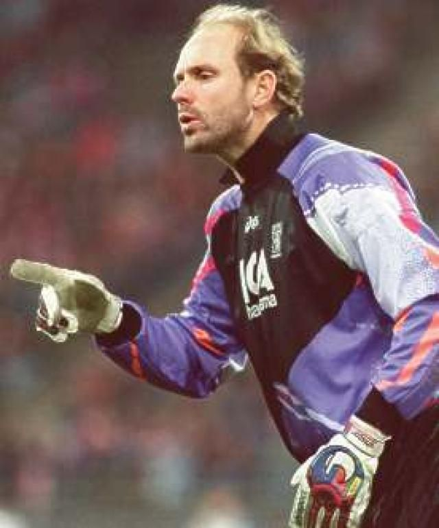 Thomas Ravelli.
