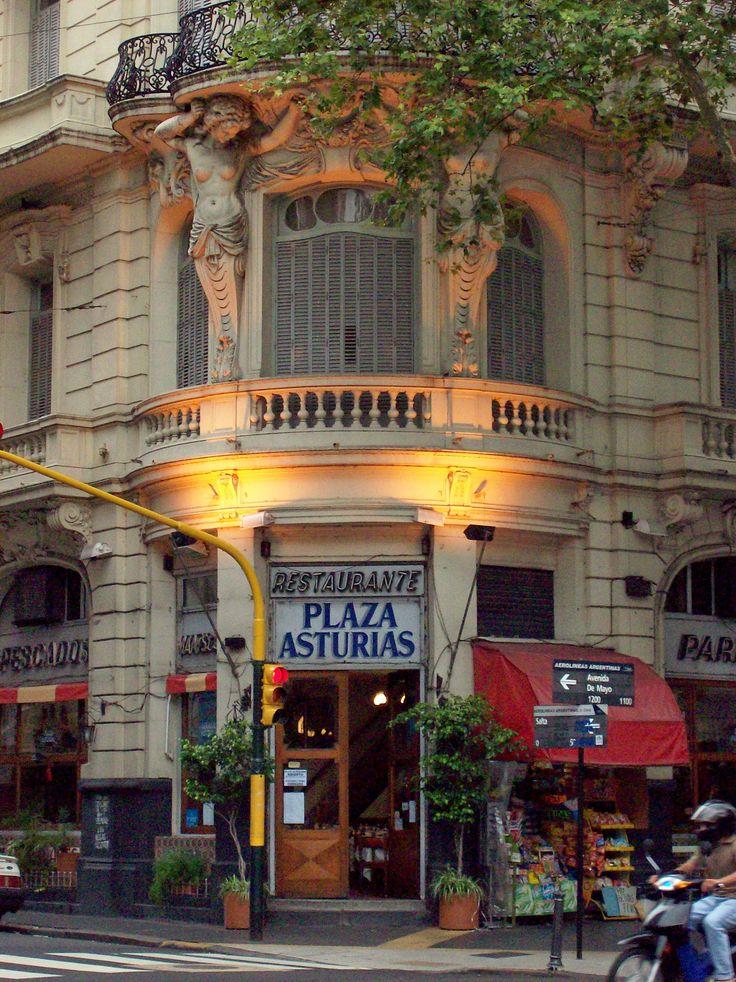 Avenida de Mayo, art noveau, Buenos Aires, Argentina
