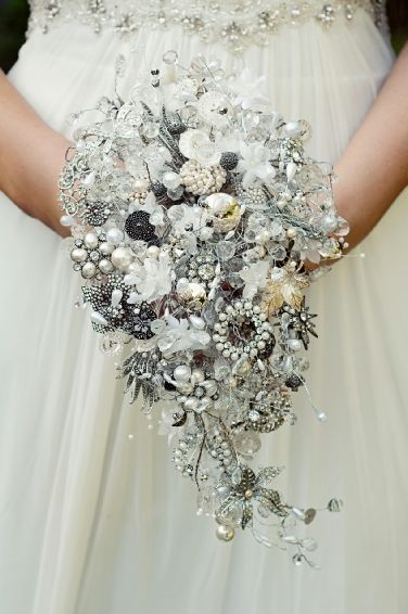 how much are bouquets for weddings 1000 images about the classic on 4876