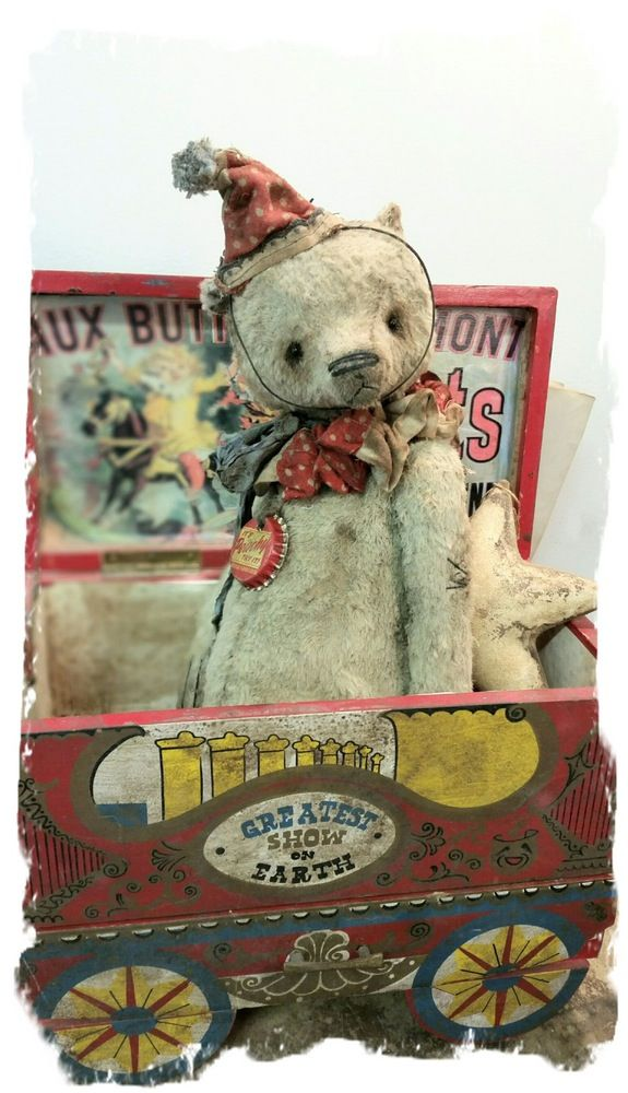 "Image of NEW DESIGN * Antique Style 11"" Old Tan Clown Teddy Bear * By Whendi's Bears"