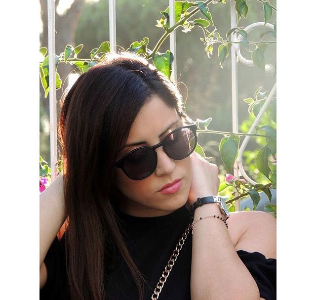 Rocking the Treyca Pantao oval Sunglasses. A great accessorie to complete your outfit.#Treyca #Sunglasses