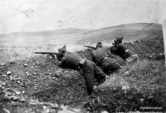 Greek troops on the firing line: Undated photo shot during the Asia Minor Campaign (1919-22).