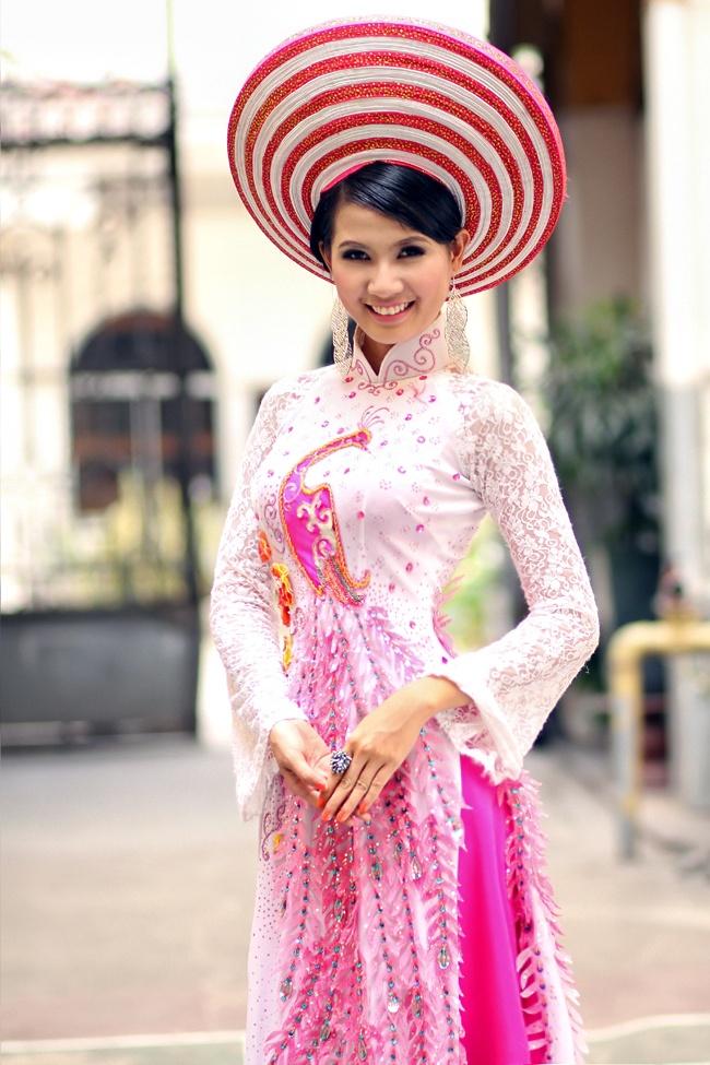 Vietnamese dress (ao dai) Vietnamese dress, Bridesmaid