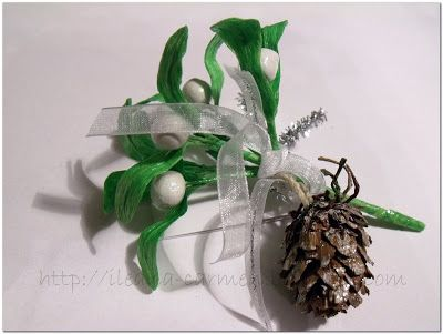 TUTORIAL: WHITE MISTLETOE FROM POLYMER CLAY AND CREPE PAPER.