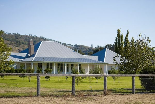 Scone Farmhouse, traditional Australian country farm house, Hunter Valley