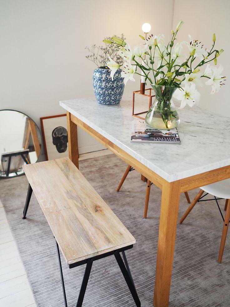 Ingrid Holm Blog - marble table, white and blue porcelain vase, lilies, circle mirror